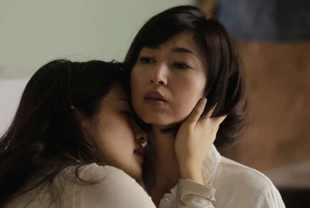 韩国三级 演员列表燃烧不像是一部电影更像是一个生活中的片段很多人就是在我们的生命中突然闯入然后又突然消失只不过这部影片的最后结局让人唏嘘不已2019寄生虫.(图49)